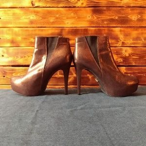 Rock & Republic Metallic Bronz Booties